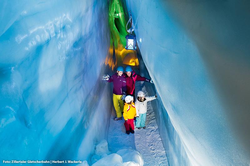 Einzigartiges Naturjuwel - Natur Eis Palast am Hintertuxer Gletscher