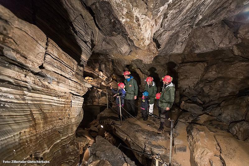 Naturdenkmal Spannagelhöhle am Hintertuxer Gletscher - höchstgelegene Schauhöhle Europas