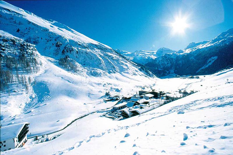 Hintertuxer Gletscher in den Zillertaler Alpen - Österreich