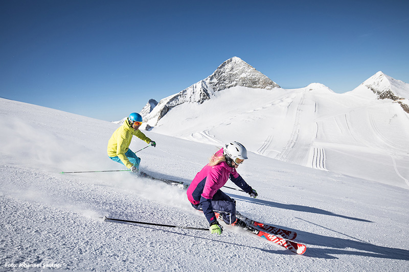 Skifahren im Hintertuxer Gletscher