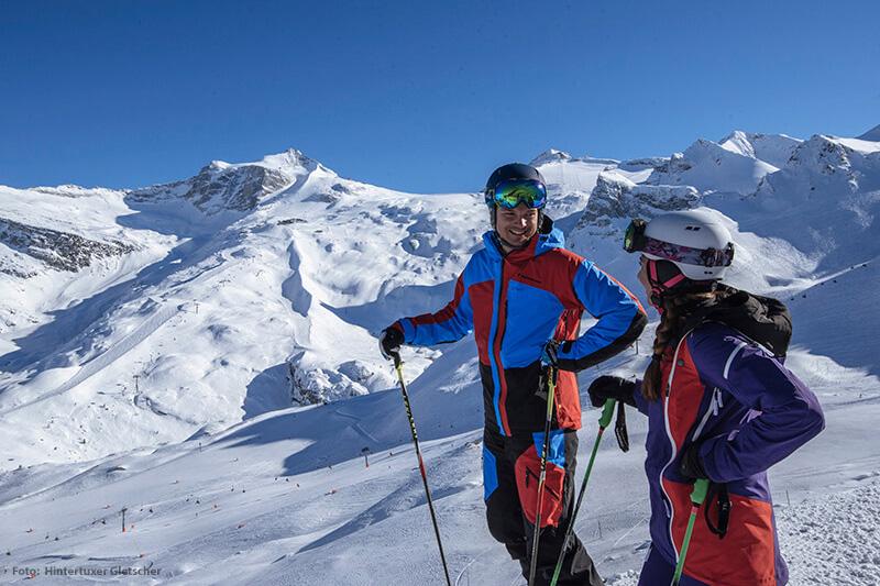 Talabfahrt Schwarze Pfanne Skigebiet Hintertuxer Gletscher - Zillertaler Alpen in Tirol - Österreich