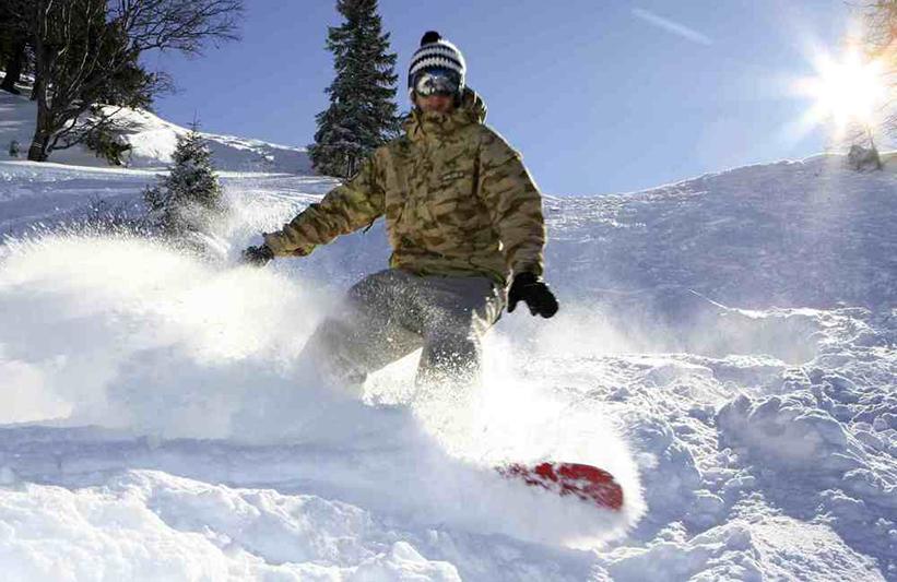 Snowboarden bei besten Verhältnissen