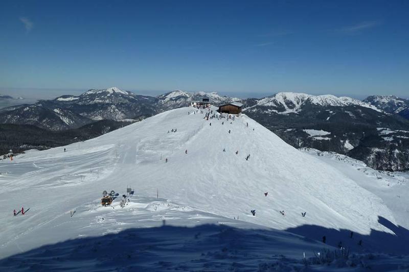 Der Sonnenhügel im Skigebiet Waidring-Steinplatte
