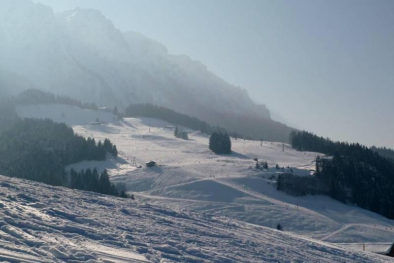 Blick auf Zahmer Kaiser im Skigebiet Walchsee - Durchholzen - Zahmer Kaiser in der Region Kaiserwinkl in Tirol