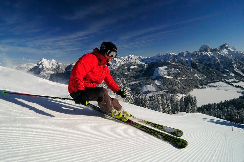 Perfekte Pistenverhältnisse im sonnenverwöhnten Skigebiet Zöblen