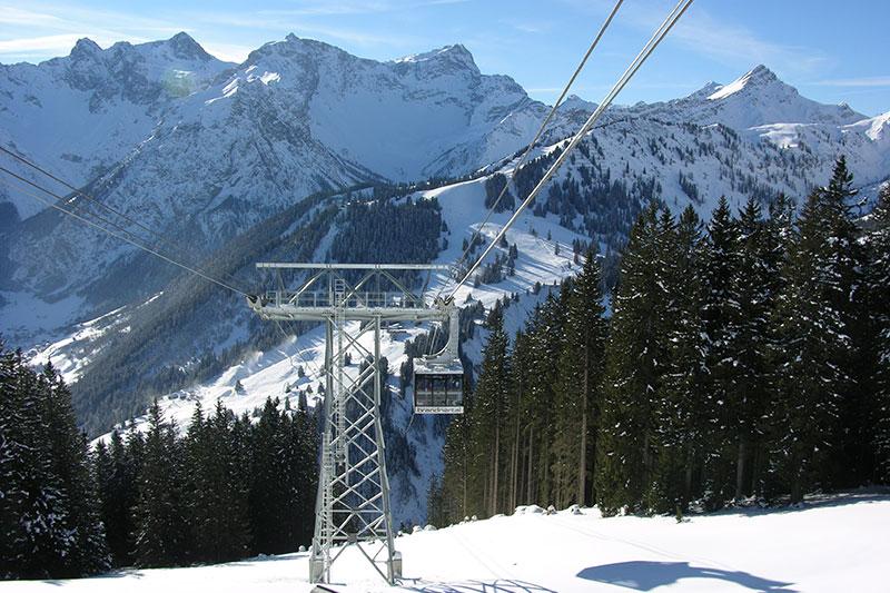 Panoramabahn zwischen den Skigebieten Brand und Buerserberg