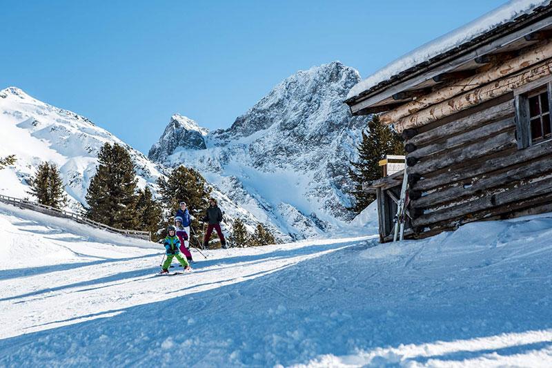 Bielefelder Hütte / Skigebiet Hochoetz