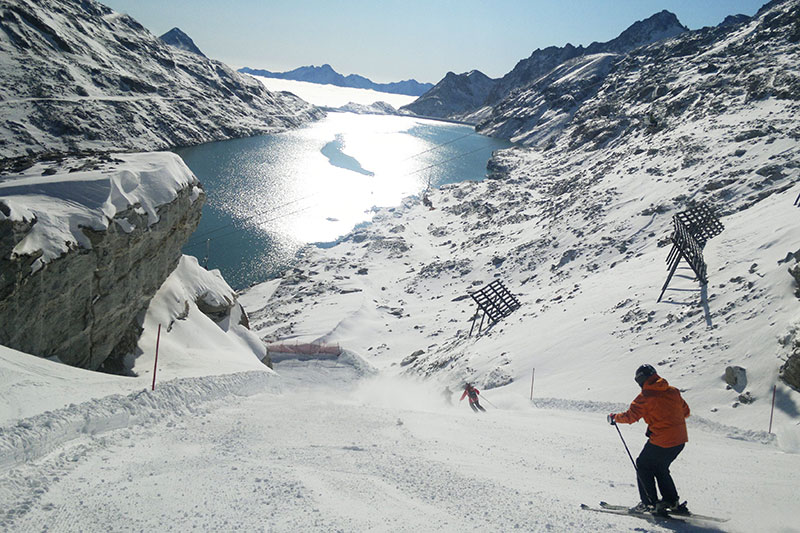 Ganzjährig Skifahren bis auf 3.000 m