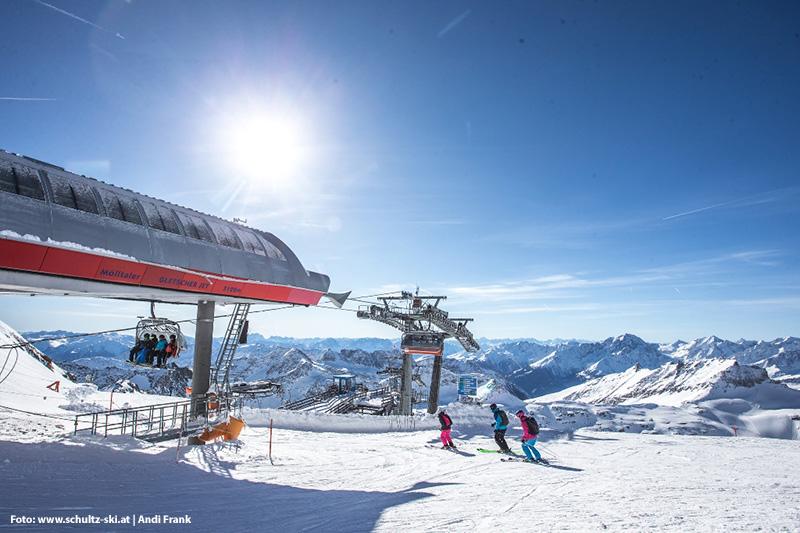 6er Sesselbahn Gletscher Jet - 3.122 Höhenmetern