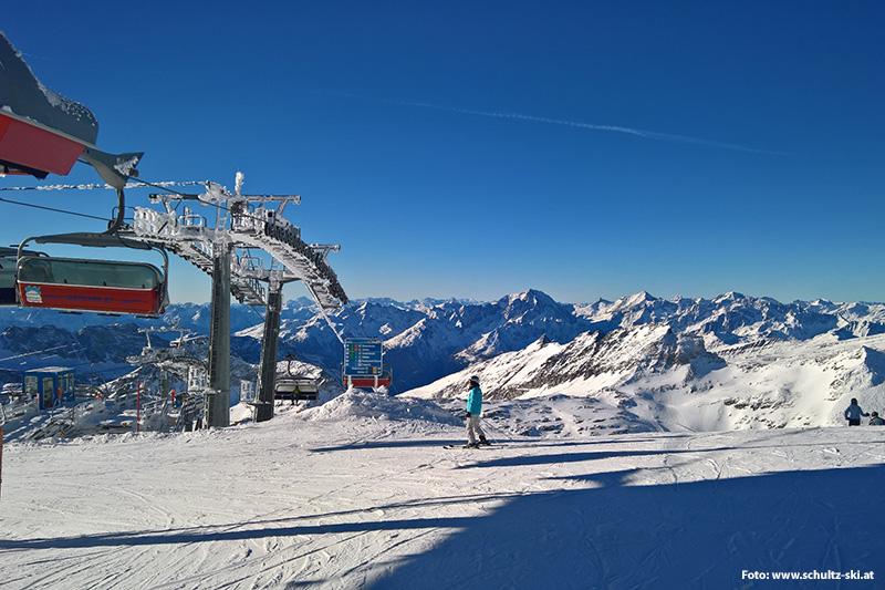 Von der 6er Sesselbahn Gletscher Jet die Aussicht von oben