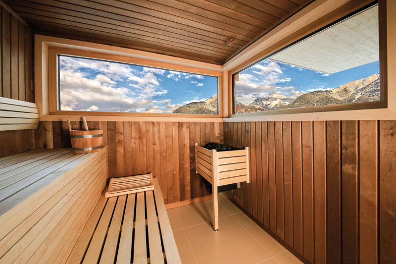 Panorama-Sauna in der Deluxe-Suite