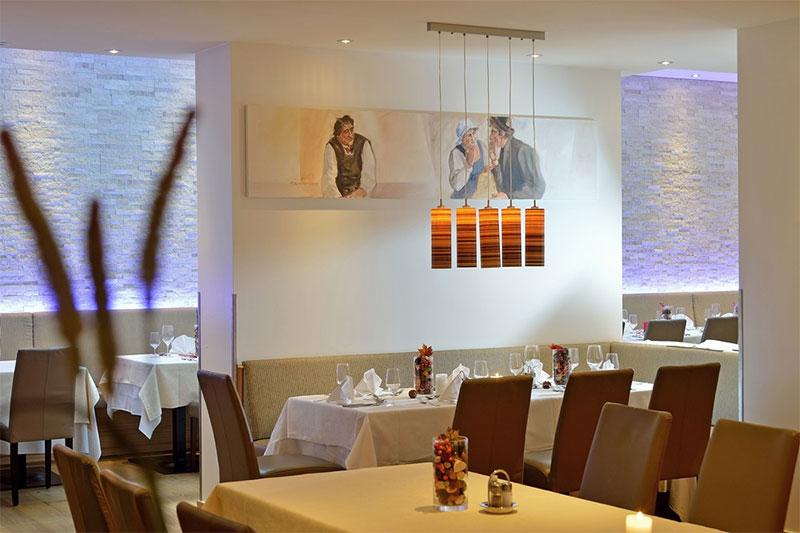 Modernes Ambiente im Restaurant