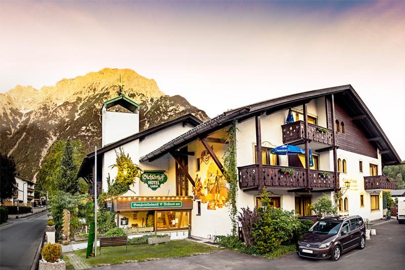 Bichlerhof-Sommerurlaub-Hotelansicht