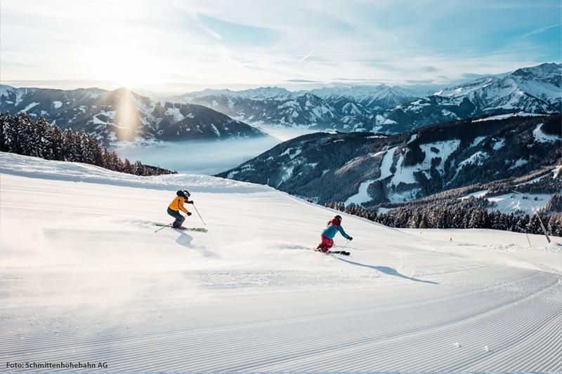 Skifahren und Snowboarden auf der Schmittenhöhe