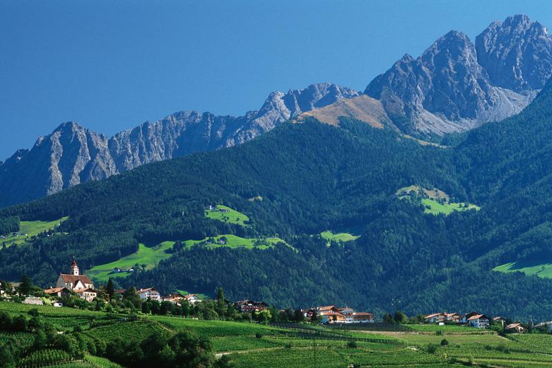 Sommerurlaub in Dorf Tirol
