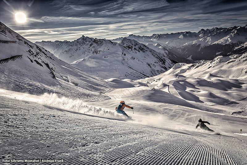 Frühaufsteher haben es in der Silvretta Montafon besonders gut: drei verschiedenen Sonnenaufgangsfahrten ziehst du vor dem offiziellen Skibetrieb die ersten Schwünge in die frisch präparierte Piste