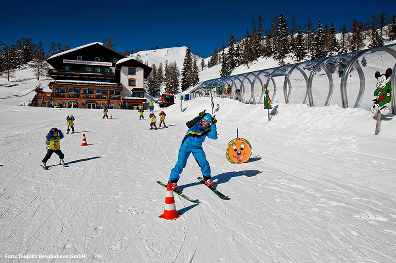 Kinderskischule im Skigebiet Tauplitzalm
