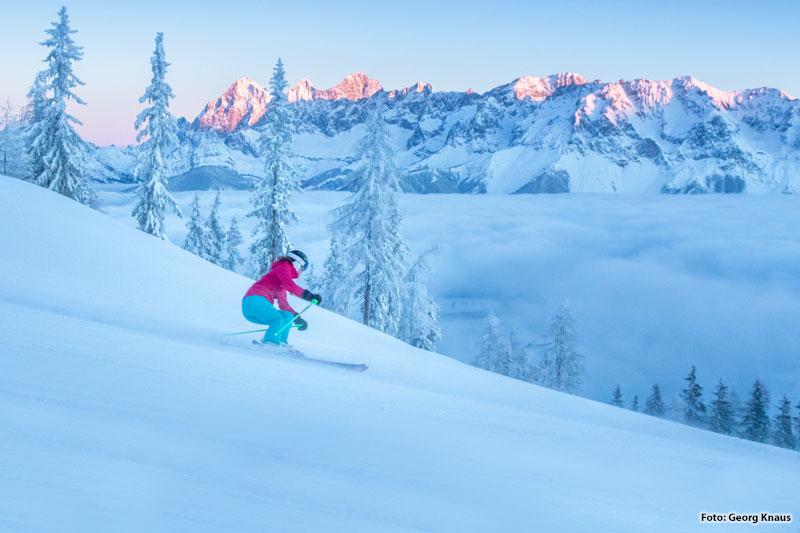 Skifahren mit Panorama in Hochwurzen