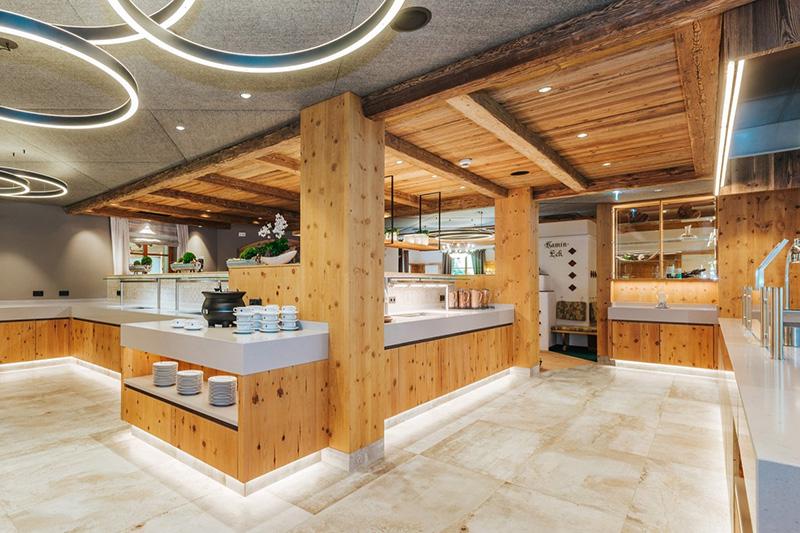Buffet- Speiseraum Alpenhof