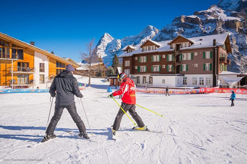 Lerne Skifahren im Berner Oberland