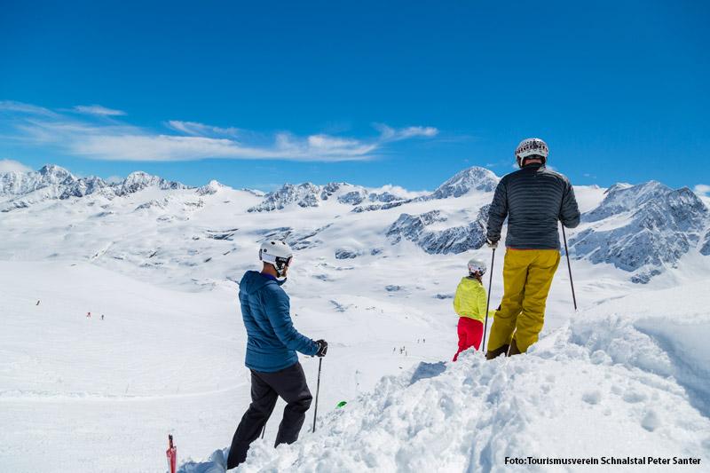 Abfahrt am Schnalstaler Gletscher