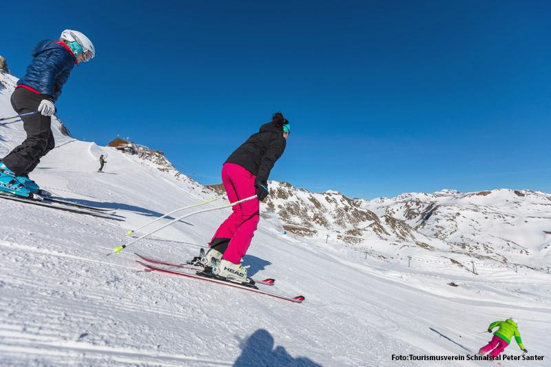Skifahren im Schnalstal