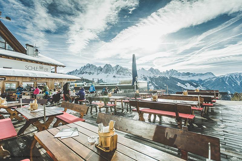 In den Skihütten einkehren