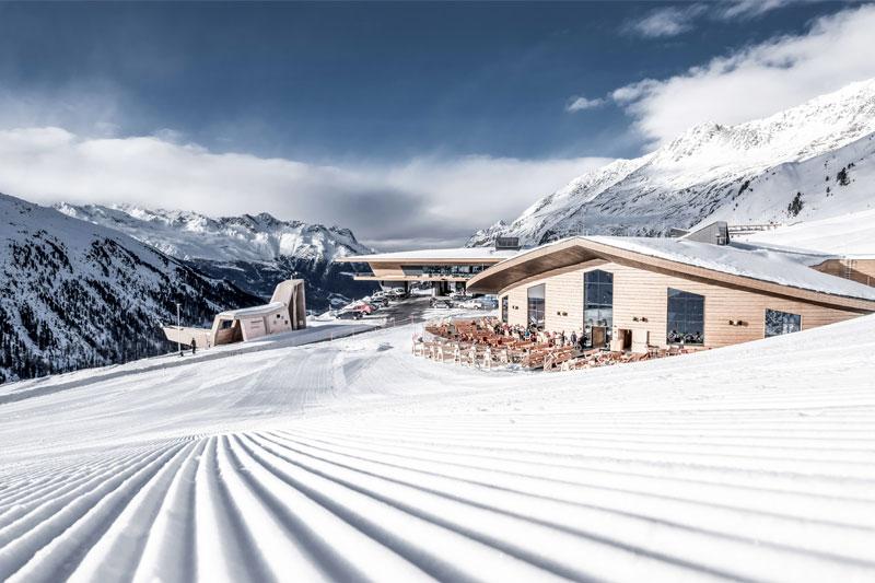 Bestens gepfelgte Skipisten in Tirol