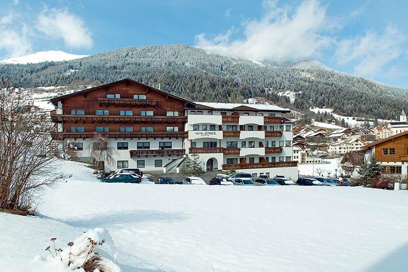 Winterurlaub im 4-Sterne Hotel Forer in Serfaus Fiss Ladis