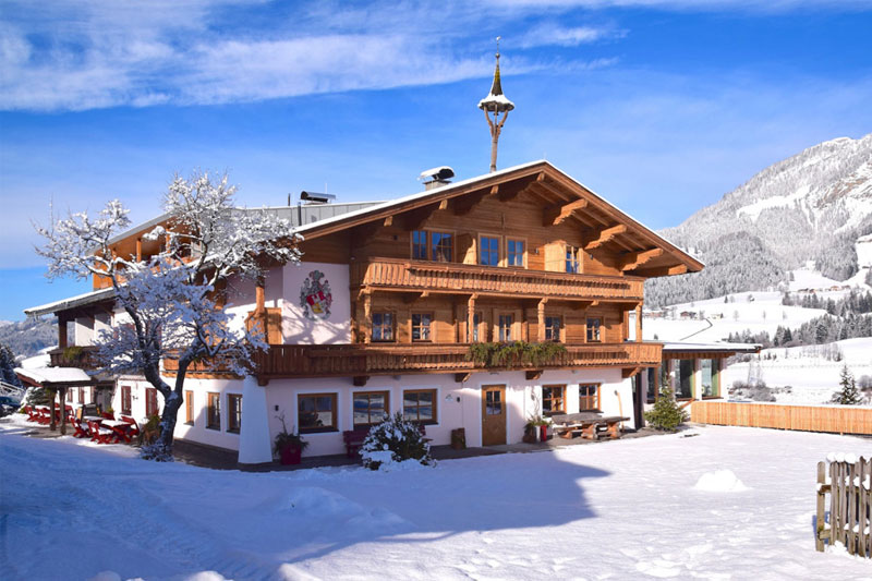 Winterurlaub im Großlehen Hotel & Chalets