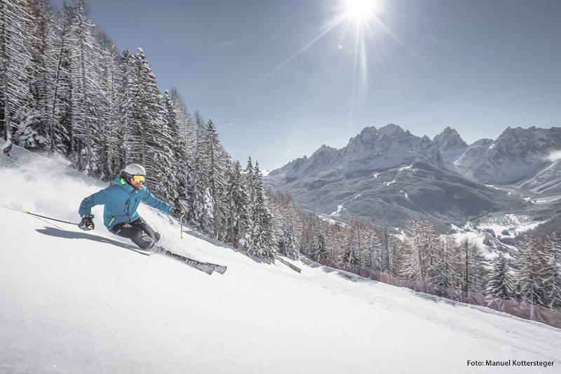 Skifahren im Skiegebiet Drei Zinnen
