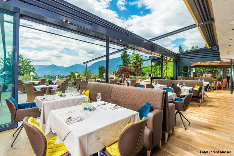 Open-Air-Restaurant-Panorama