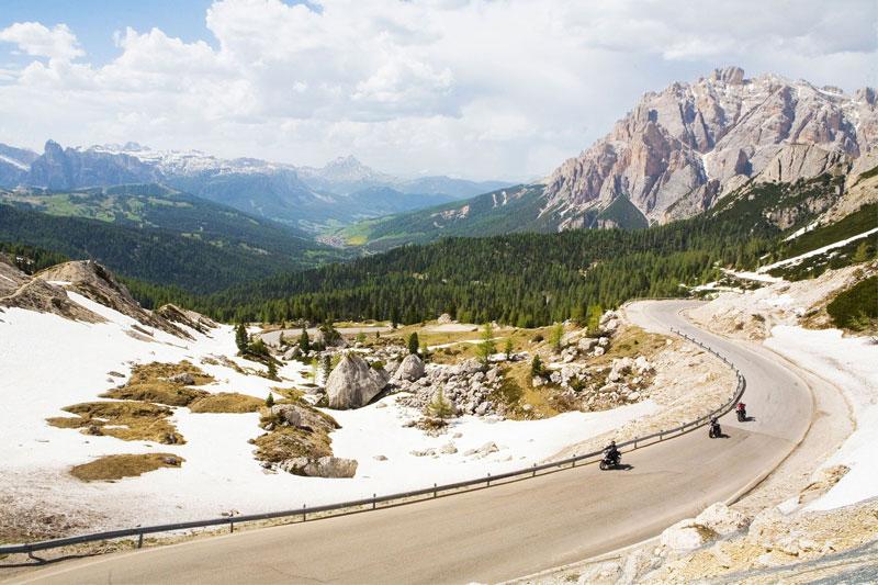 Bergpanoramafahrt durch die Dolomiten