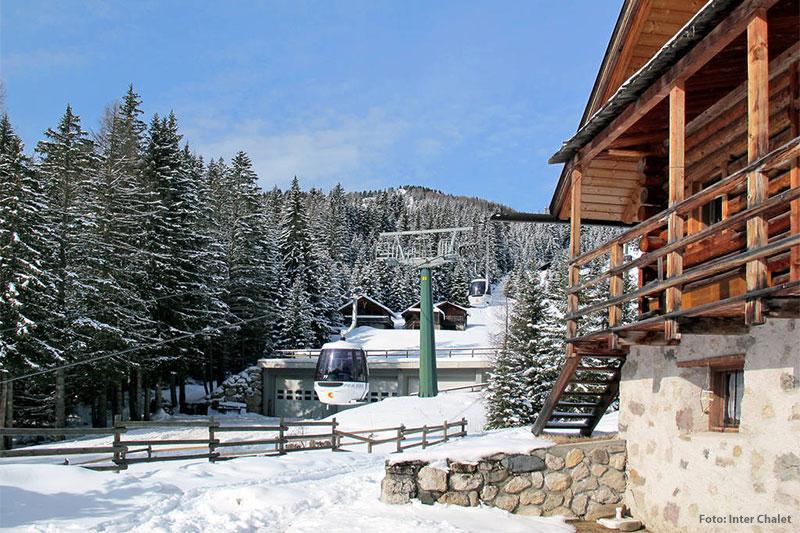 Hütte direkt an der Bergbahn