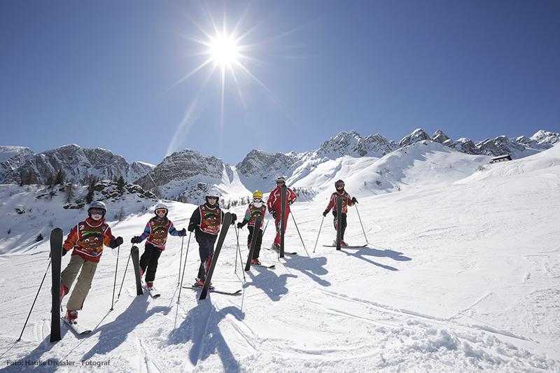 Ski fahren mit Kindern im Skigebiet Ladurns