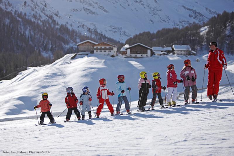 Skischule im Skigebiet Pfelders