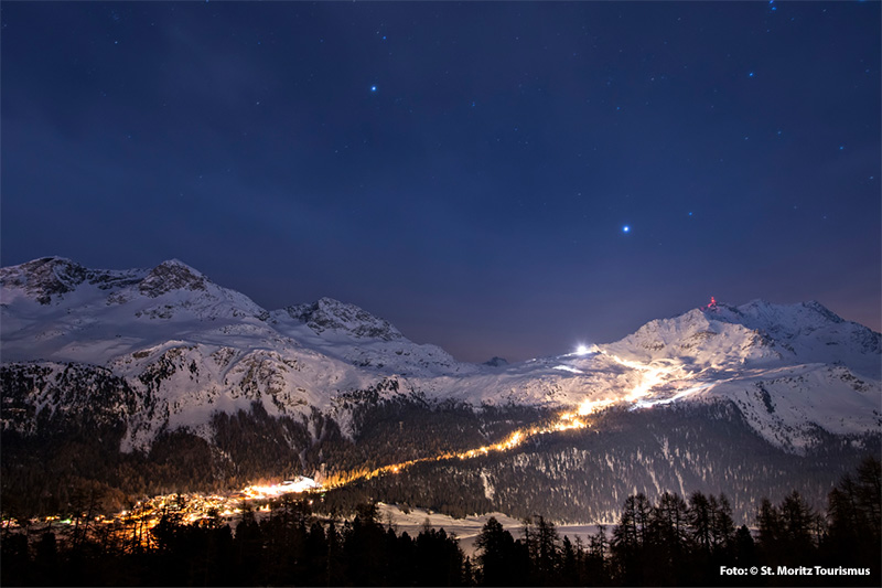 Nachtskifahren auf der längsten, beleuchteten Piste der Schweiz