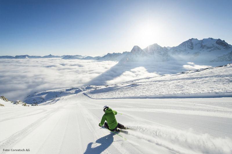 Frisch präparierte Pisten im Skigebiet St. Moritz - Corvatsch