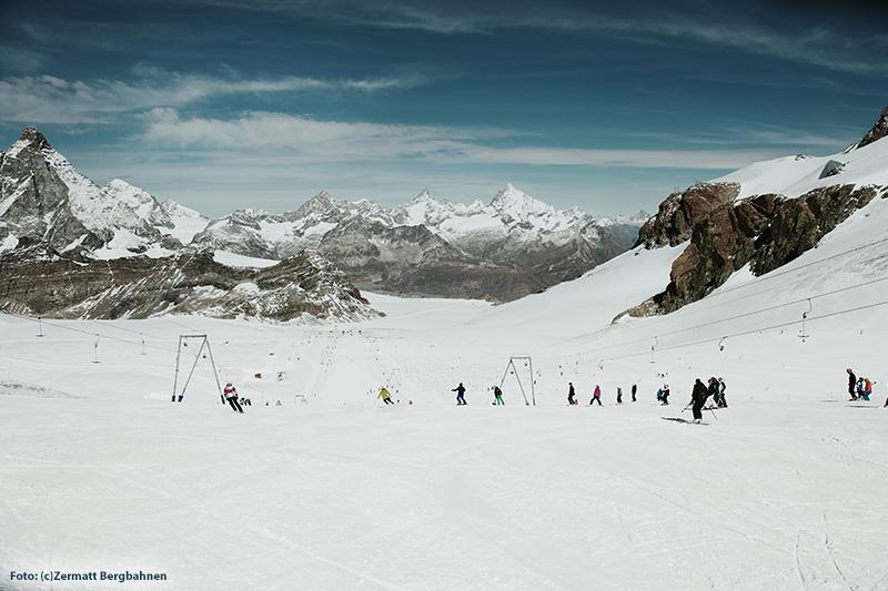 Sommerski im Matterhorn glacier paradise
