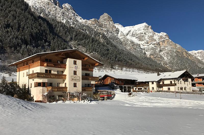 Winterurlaub in der Bergheimat & auf dem Bauernhof Alfaierhof