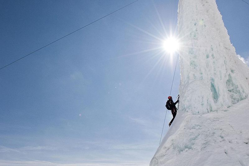 Eisfallklettern, die Eisfälle im Pinnis- und Unterbergtal zählen zu den bedeutendsten Eistouren Österreichs