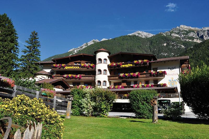 Sommerurlaub im Hotel Burgstall