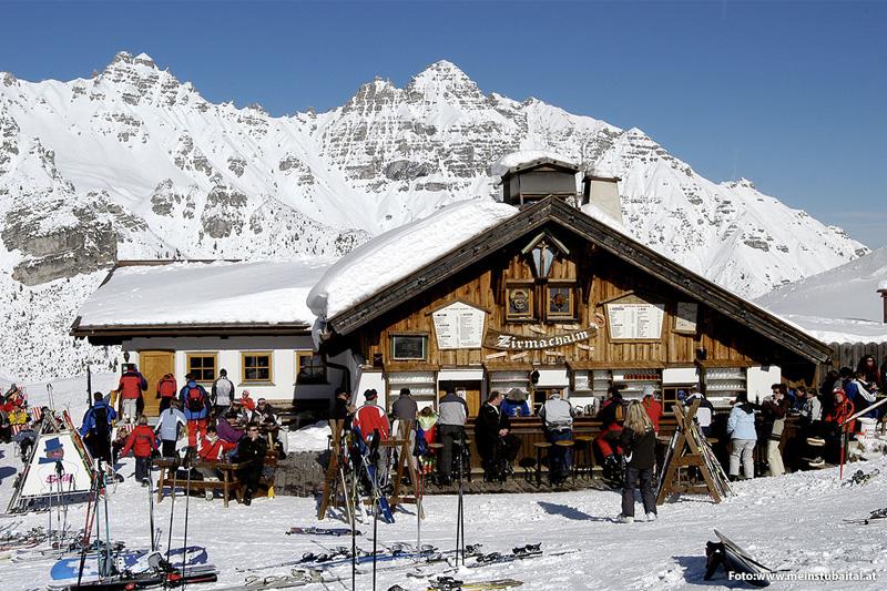 Skihütte im Skigebiet Schlick 2000