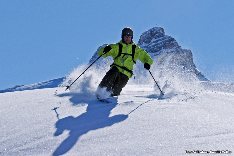 Tiefschnee im Skigebiet Damüls-Mellau