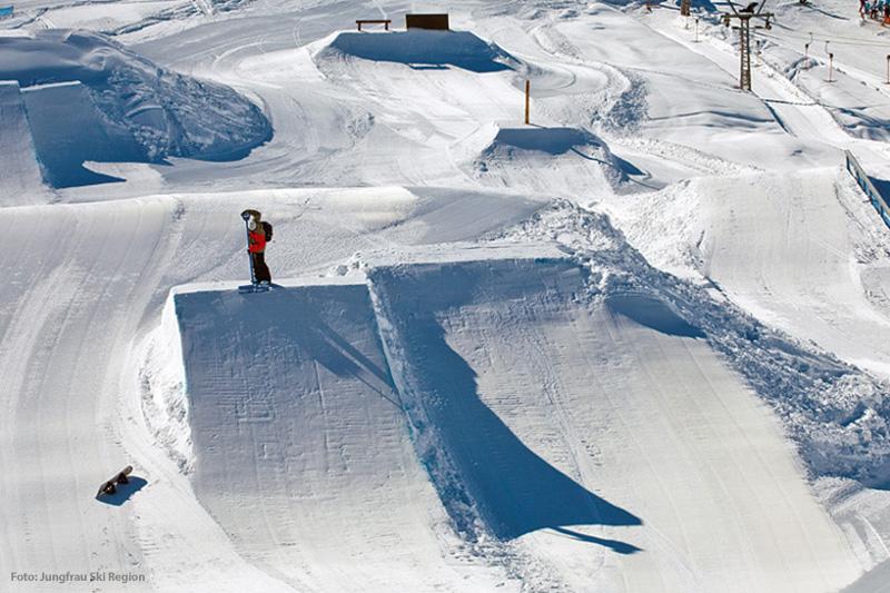 Snowpark White Elements