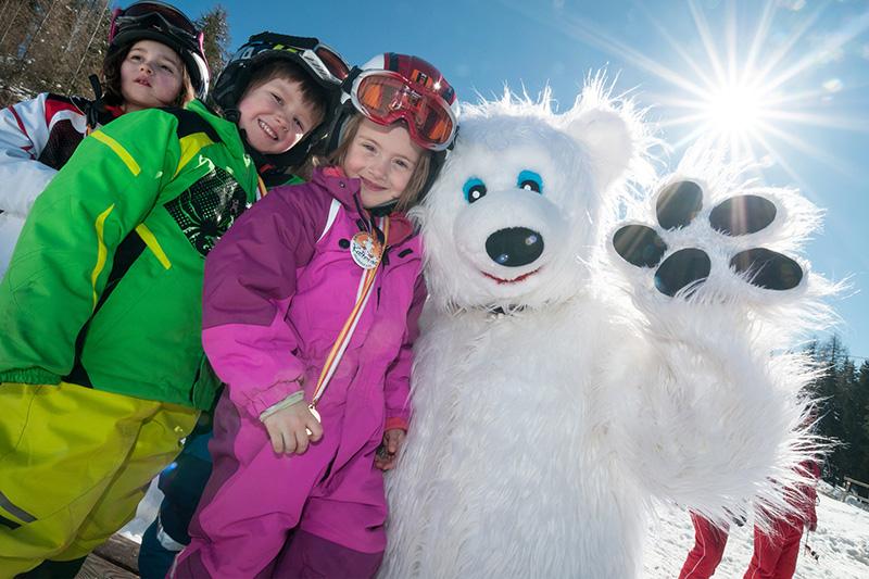 Kids Snowpark befindet sich in der Mittelstation Kanzelhöhe und ist für Kinder und Einsteiger ausgelegt
