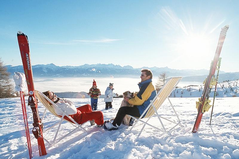 Das von weitem sichtbare Gerlitzen-Gipfelplateau ist der Ausgangspunkt für einzigartiges Skivernügen hoch über Kärnten