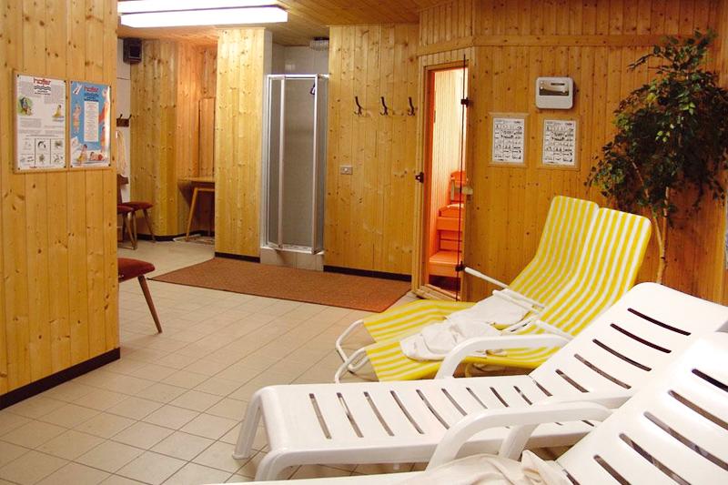 Im Hotel Oberhofer oberhalb des Pustertals in Südtirol steht Ihnen ein Saunabereiche mit Finnischer Sauna und Dampfsauna zur Verfügung