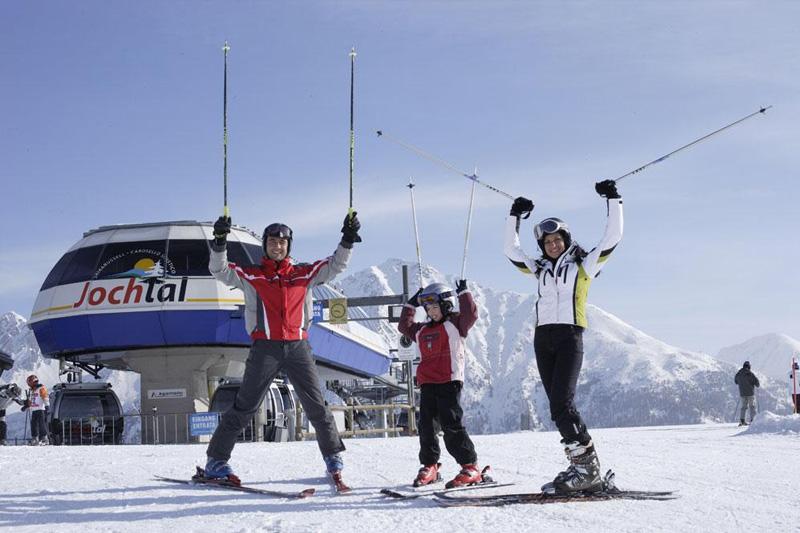 Skifahren im Skigebiet Jochtal