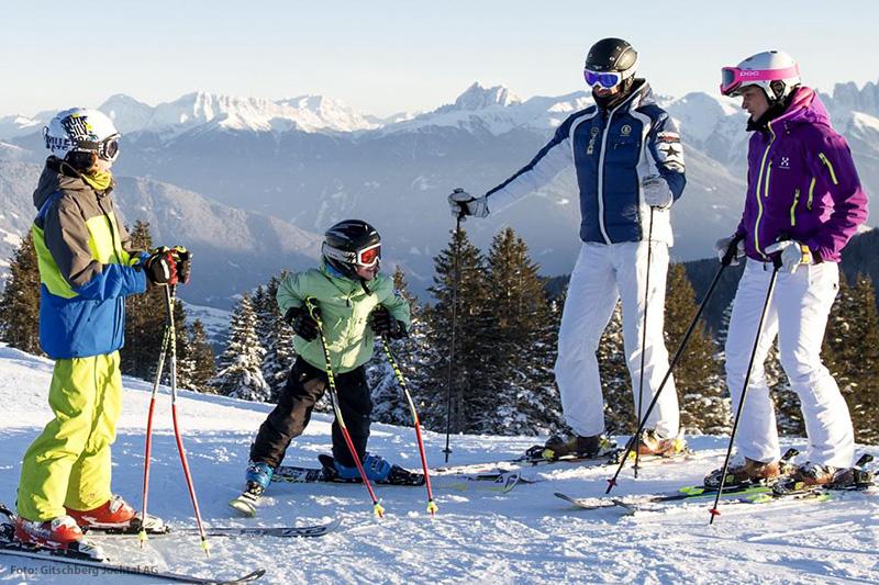 Skifahren auf über 50 Pistenkilometer in Meransen in der Skiregion Gitschberg Jochtal